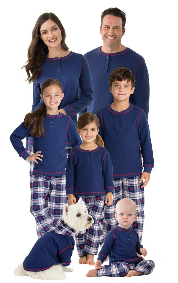 Models wearing Dark Blue Snowflake Plaid Thermal Top Matching Family Pajamas image number 0