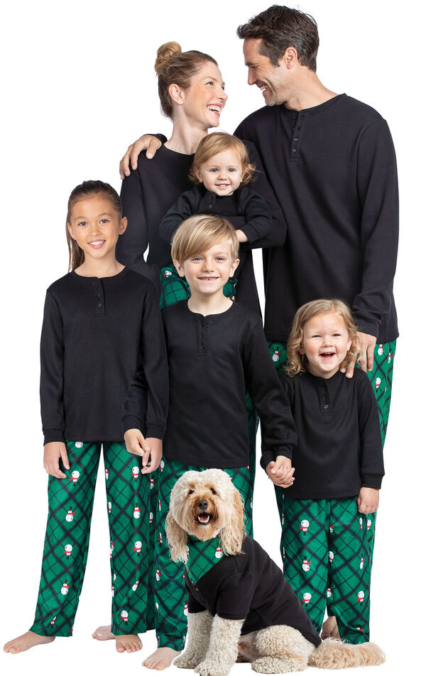 Models wearing Black and Green Snowman Argyle Matching Family Pajamas image number 0