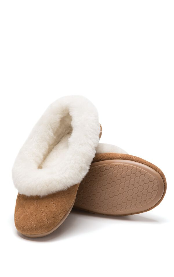 Model wearing Shearling Slippers for Women image number 0