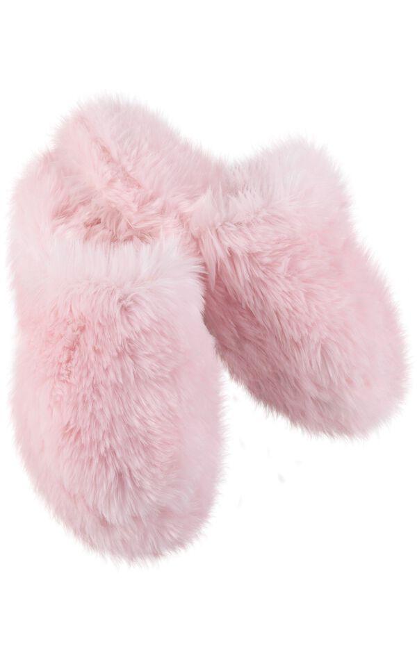 Model wearing Fuzzy Wuzzies Slipper - Pink image number 0