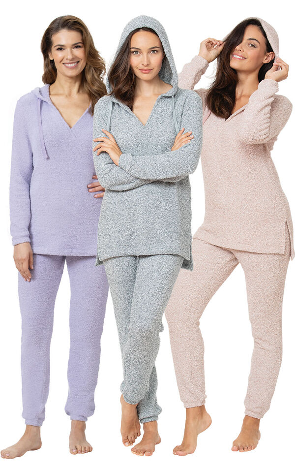 Ultimate Cozy Escape Pajama Gift Set image number 0