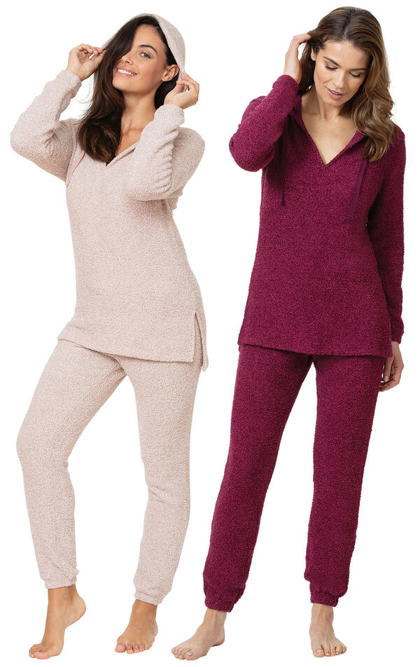 Deep Fuchsia and Pink Cozy Escape Pajama Gift Set image number 0