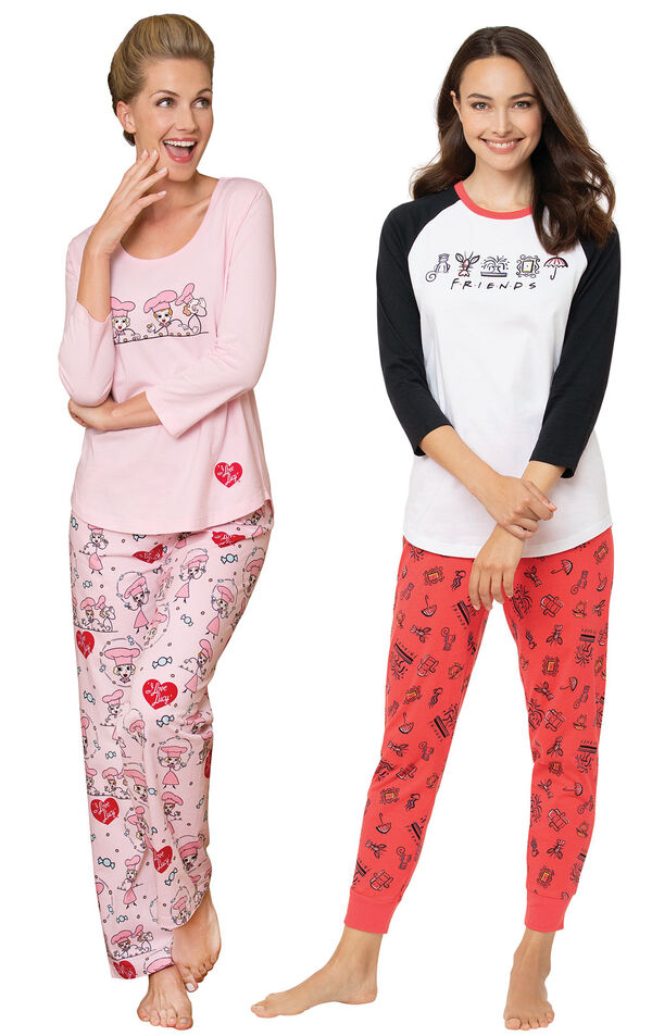 Friends PJs and I love Lucy Chocolate Factory PJs image number 0