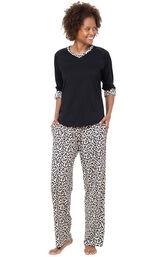 Luxurious Leopard Print Pajamas image number 0