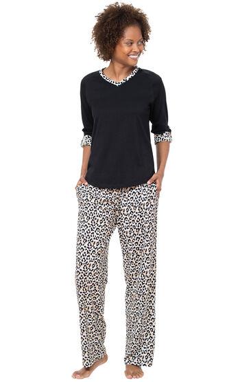 Luxurious Leopard Print Pajamas - Black