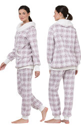 Model wearing Light Pink Print Roll-neck Pajama Set for Women, facing away from the camera and then to the side image number 1