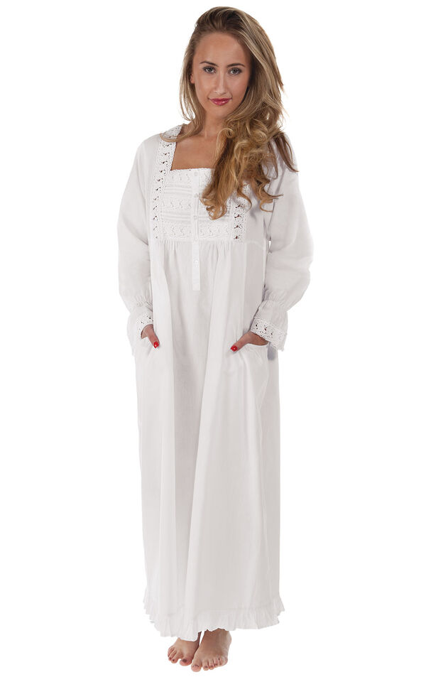 Isabella Nightgown image number 0