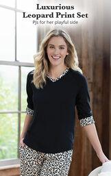 Luxurious Leopard Print Pajamas image number 2