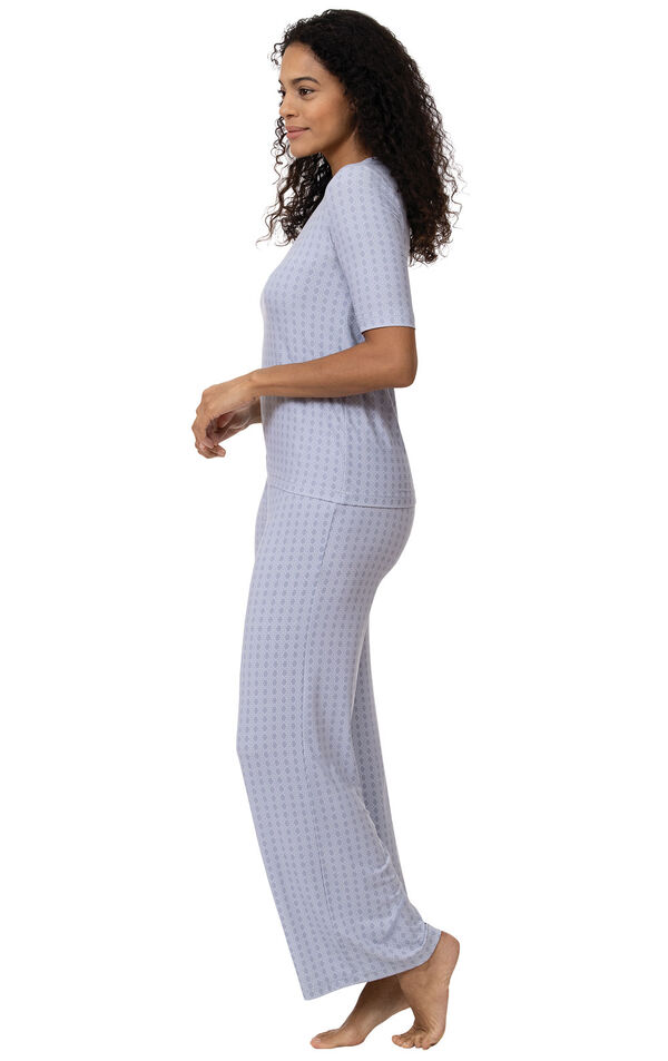 Model wearing Light Blue Stretch Knit Geo Print PJ for Women, facing to the side image number 2