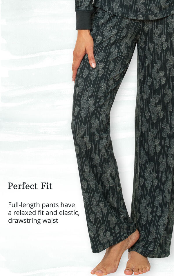 Perfect Fit - full-length pants have a relaxed fit and elastic, drawstring waist image number 3