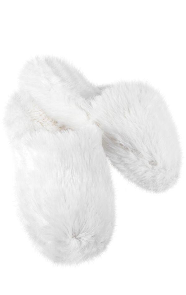 Model wearing Fuzzy Wuzzies Slipper - White image number 0