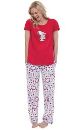 Model wearing Snoopy Heart Print PJ for Women image number 0