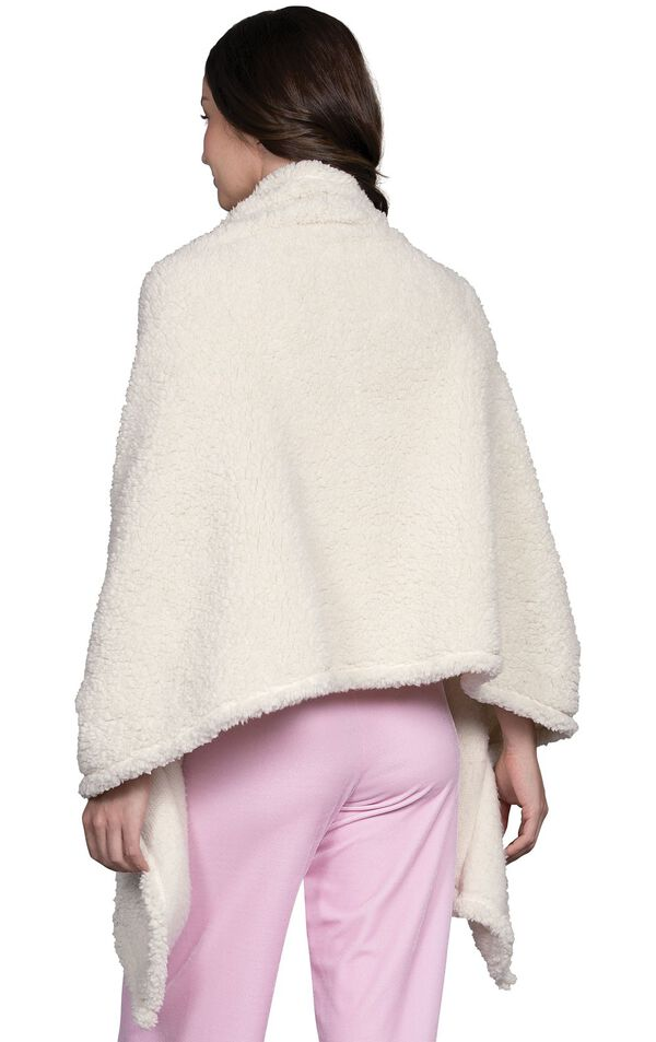 Model wearing Fleece Wrap - White, facing away from the camera image number 1