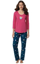 Model wearing Navy and Pink Present PJs image number 0