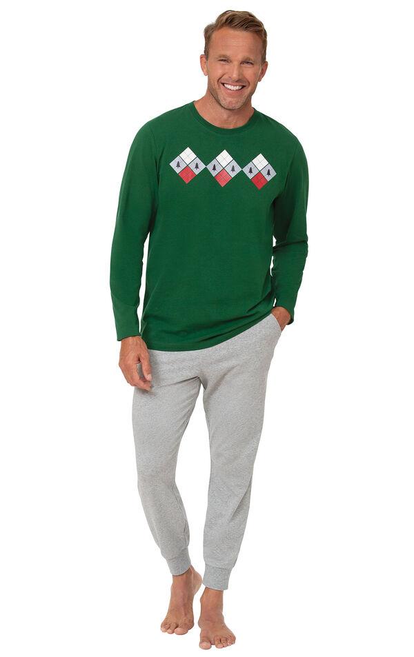 Holiday Argyle Men's Pajamas image number 0