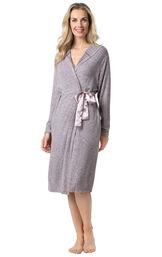 Pink Fleece Lounge Robe for Women image number 0