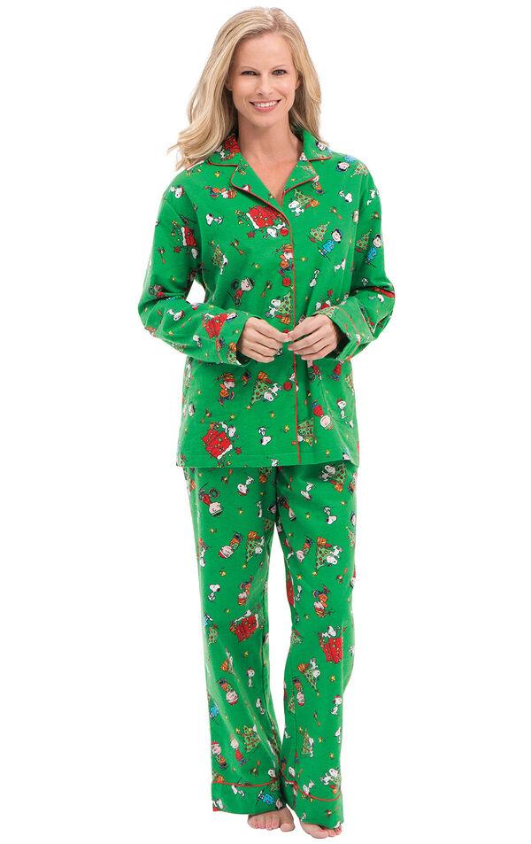 Model wearing Green Charlie Brown Christmas PJ for Women image number 0
