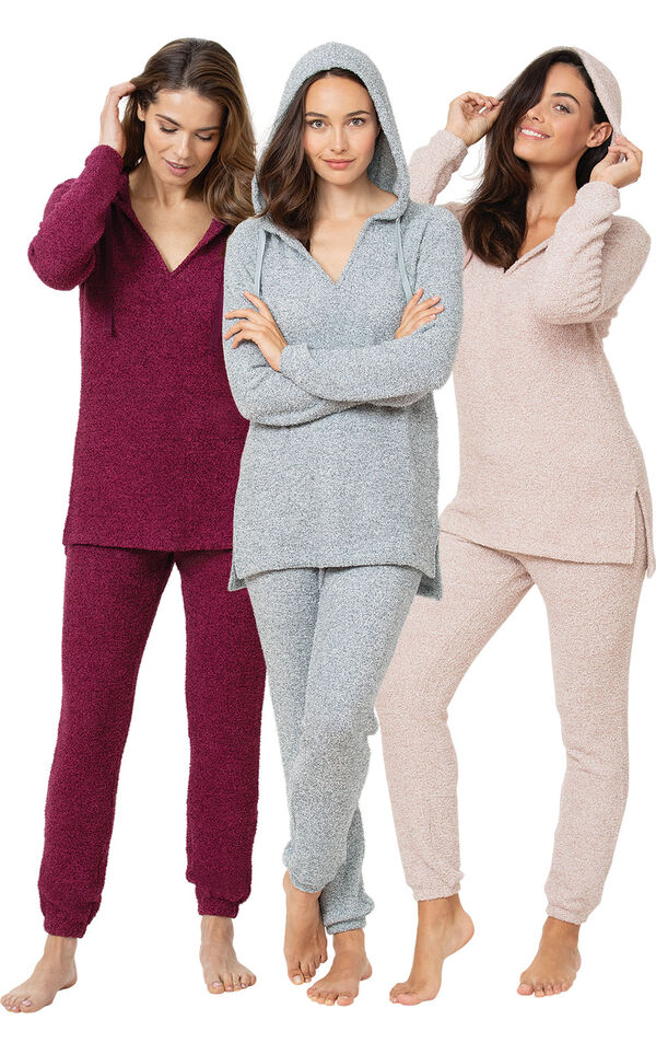 Deluxe Cozy Escape Pajama Gift Set image number 0