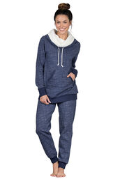 Model wearing Dark Blue Roll-neck Pajama Set for Women image number 2