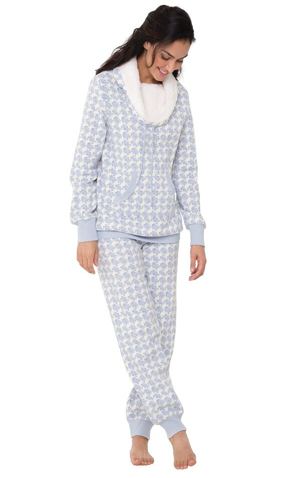 Model wearing Light Blue Print Roll-neck Pajama Set for Women image number 1