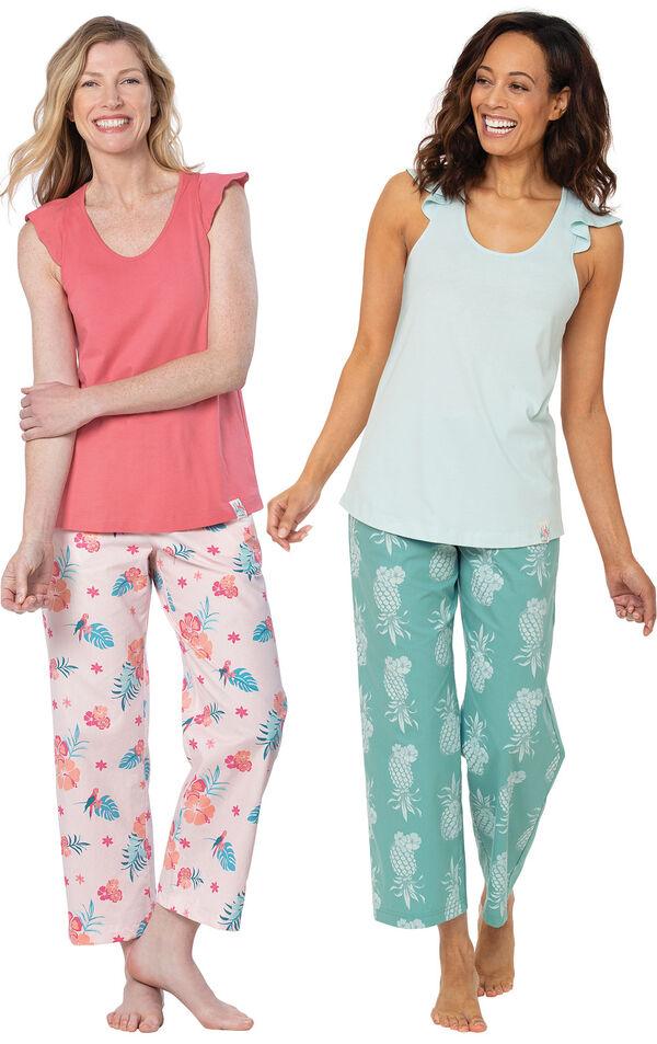 Turquoise Pineapple Print Margaritaville Capri PJ - Women & Margaritaville® Easy Island Capris Pajamas - Pink image number 0