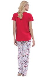 Model wearing Snoopy Heart Print PJ for Women, facing away from the camera image number 1