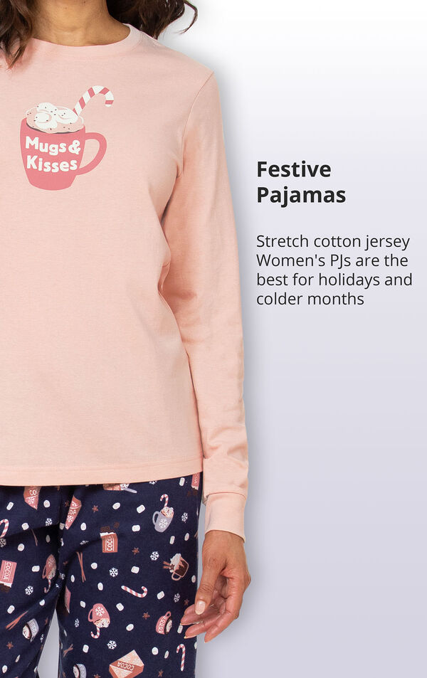Festive pajamas made of stretch cotton jersey are the best for holidays and colder months image number 3