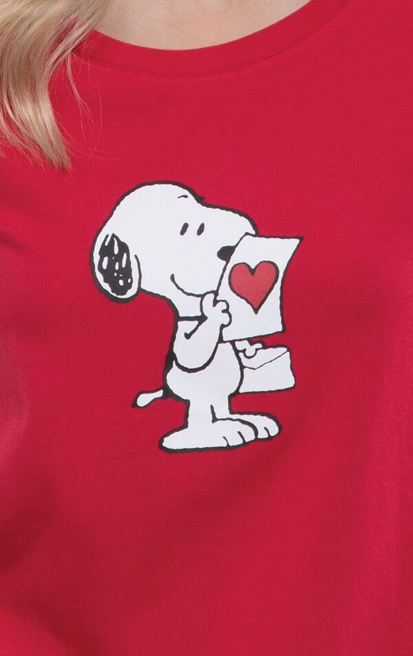 Close-up of Snoopy holding a love letter Graphic on Red short sleeve top image number 4