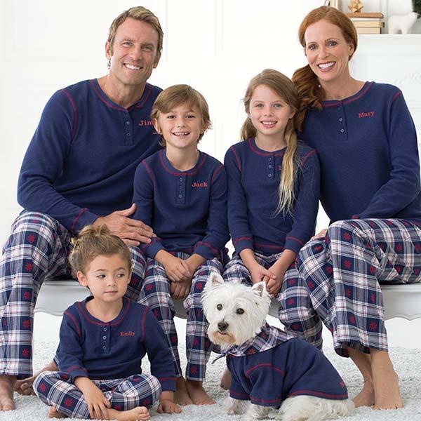 An image of the Snowfall Plaid pajamas fabric swatch